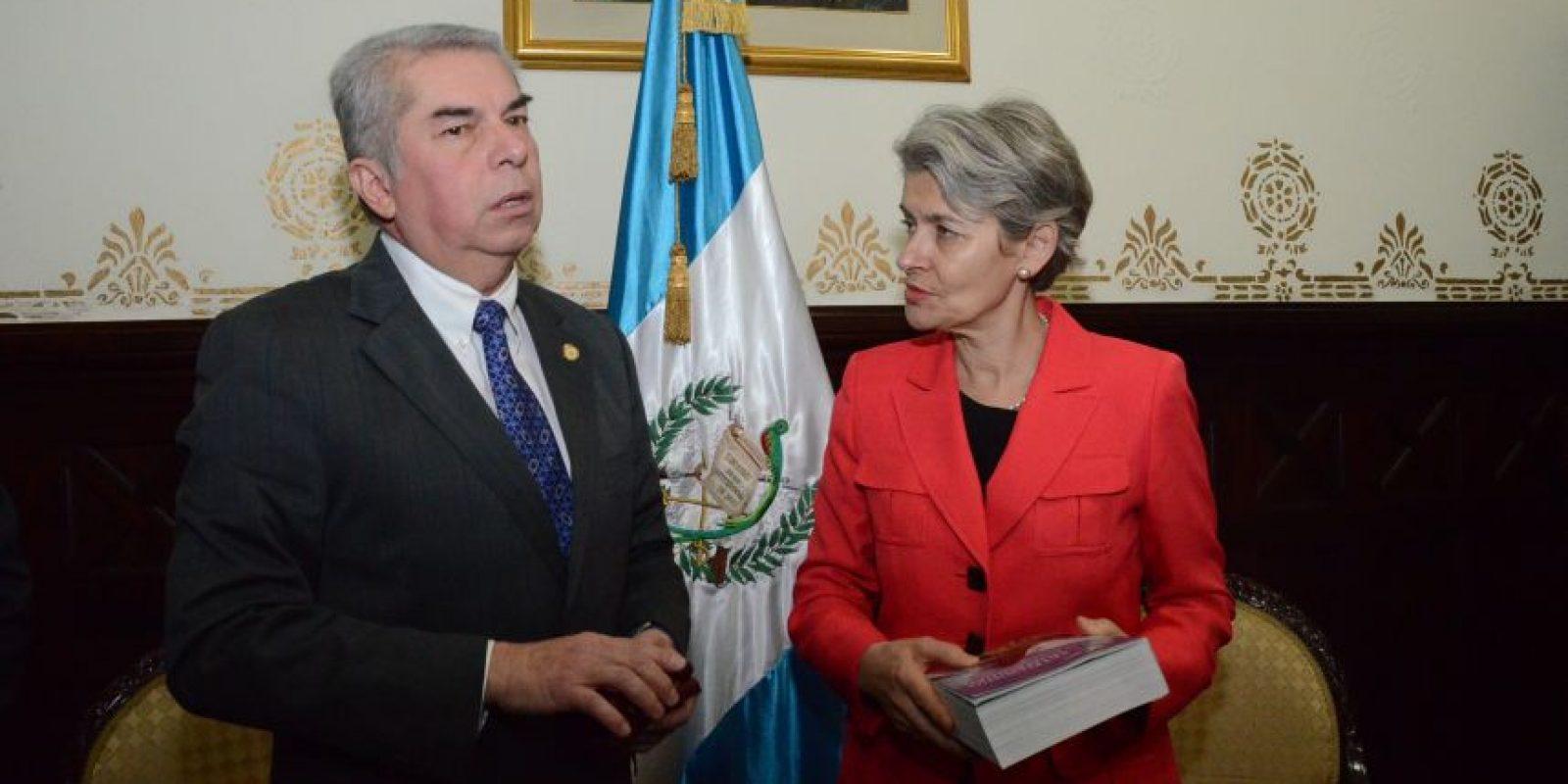 El presidente del Congreso Luis Rabbé la ha recibido. Foto:José Castro/Congreso