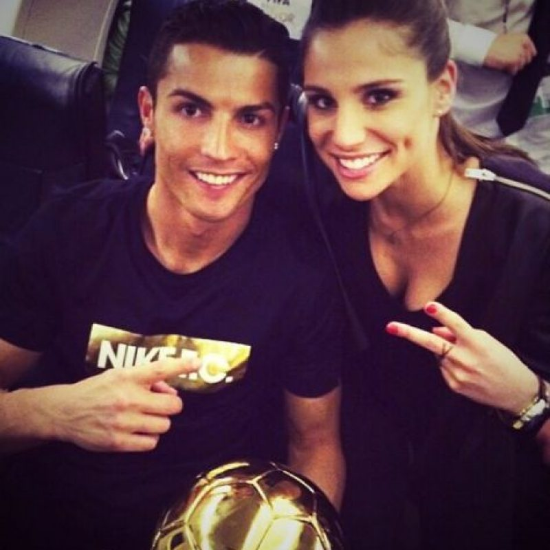 Ella estuvo presente en la entrega del Balón de Oro Foto:Instagram: @lucia_villalon