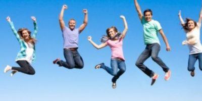 El sentido del humor tiene un fuerte valor terapéutico, pero el mero hecho de sonreír es un hábito que nos ayudará a enfocar las situaciones desde una óptica mucho más positiva. Foto:Pixabay