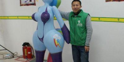 """FOTOS: ¡Lo que faltaba! Ahora venden muñecas sexuales de """"Mi Pequeño Pony"""""""