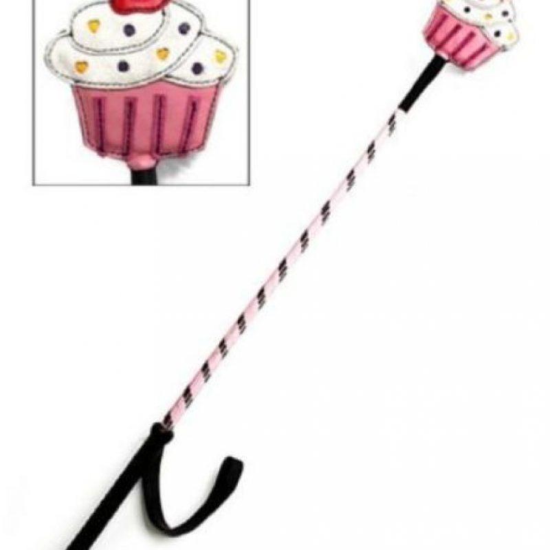ust Desserts Cupcake Crop es un bastón que cuesta unos 22 dólares Foto:Good Vibrations