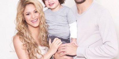 FOTOS: Shakira presume su pancita e invita a participar a su Baby Shower