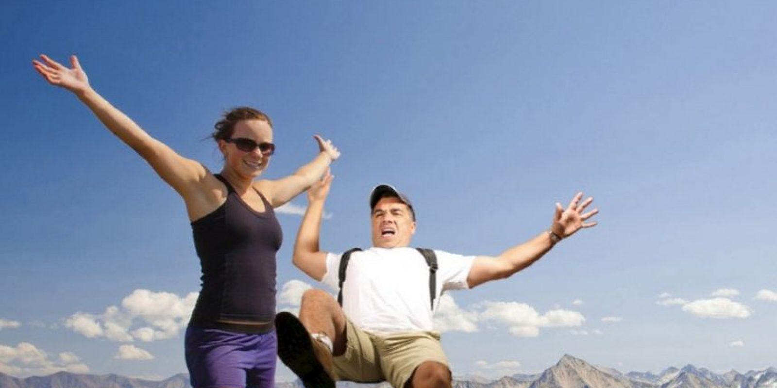 En la típica foto que todos se toman en las alturas. Foto:TheStockPhotoBomber/Facebook