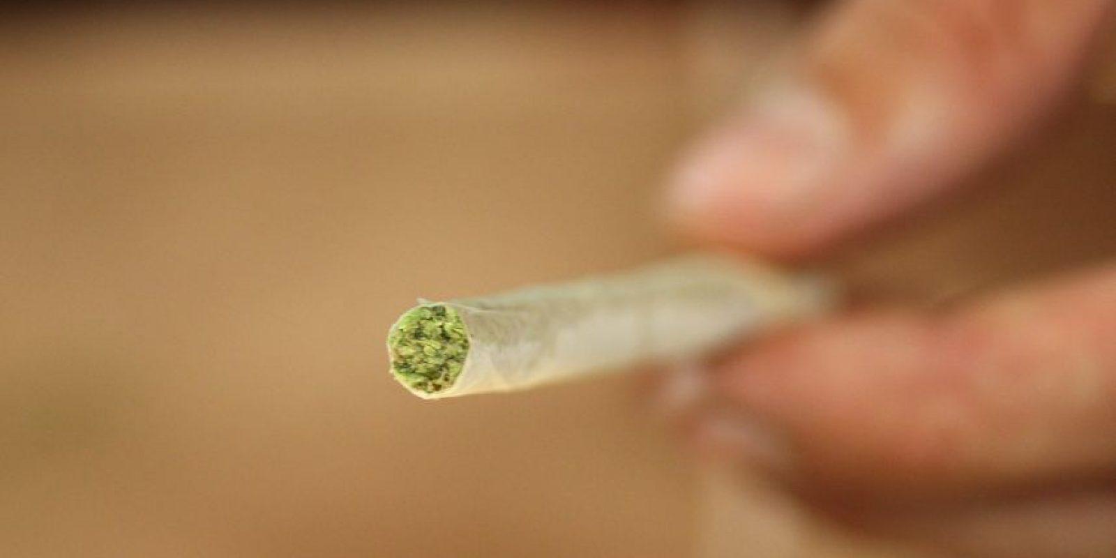 Investigadores estadounidenses revelaron que el ingrediente psicoactivo de la marihuana, el tetrahidrocarbocannabinol (THC), protege el tejido inmune en el intestino de los efectos dañinos del VIH, según el estudio Publicado en AIDS Research and Human Retroviruses. Foto:Getty Images