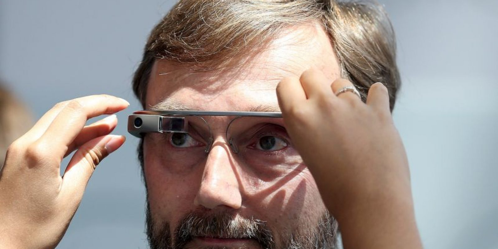 Los lentes inteligentes que pretenden cambiar la forma en la que interactuamos con la tecnología. Foto:Getty Images