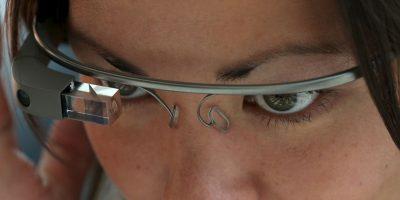 Google suspendió la venta de sus anteojos inteligentes. Foto:Getty Images