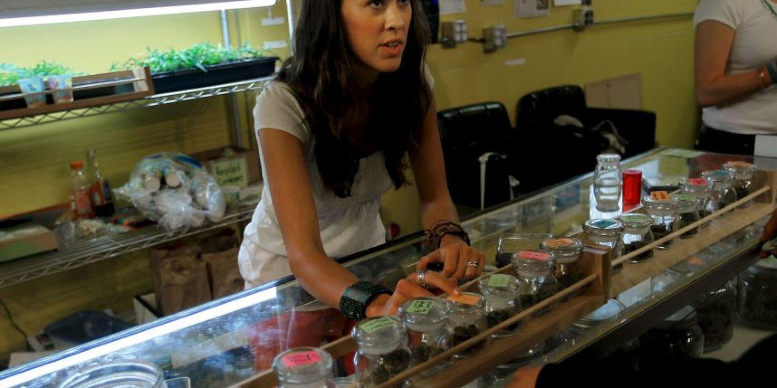 Existen una gran variedad de productos realizados con cannabis, entre ellos galletas y vaporizadores Foto:Getty Images
