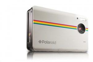 Imprime las fotografías a color en papel de 2*3 pulgadas. Tiene un precio de 179.99 dólares. Foto:Polaroid
