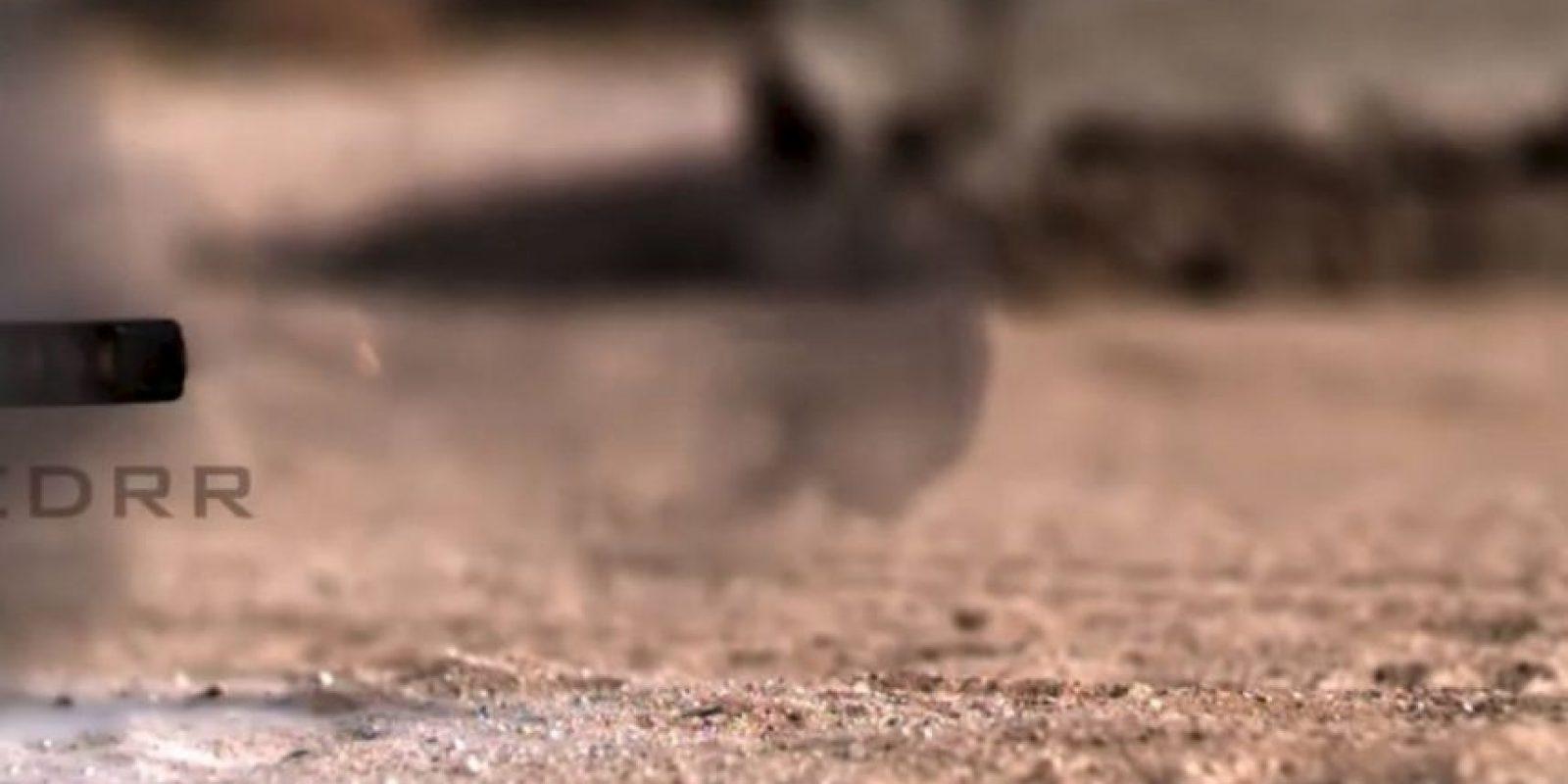 Una bala calibre 50 también se enfrentó al iPhone. Foto:FullMag