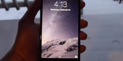 El iPhone fue enterrado en la nieve durante 24 horas. Foto: TechRax / YouTube