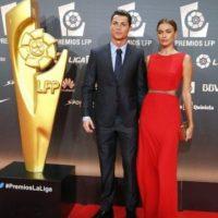 La última aparición pública de la pareja fue en los Premios de la Liga el 27 de octubre. Ronaldo obtuvo los galardones por mejor gol, mejor jugador y mejor delatero de la temporada 2013-14. Foto:Twitter