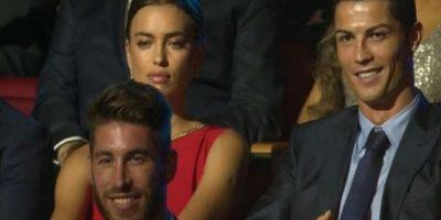 En aquella ocasión, Shayk se enojó por el claro coqueteo de la presentadora hacia su novio. Foto:Twitter