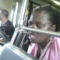 Vaya forma de dormir… Foto:Melocom