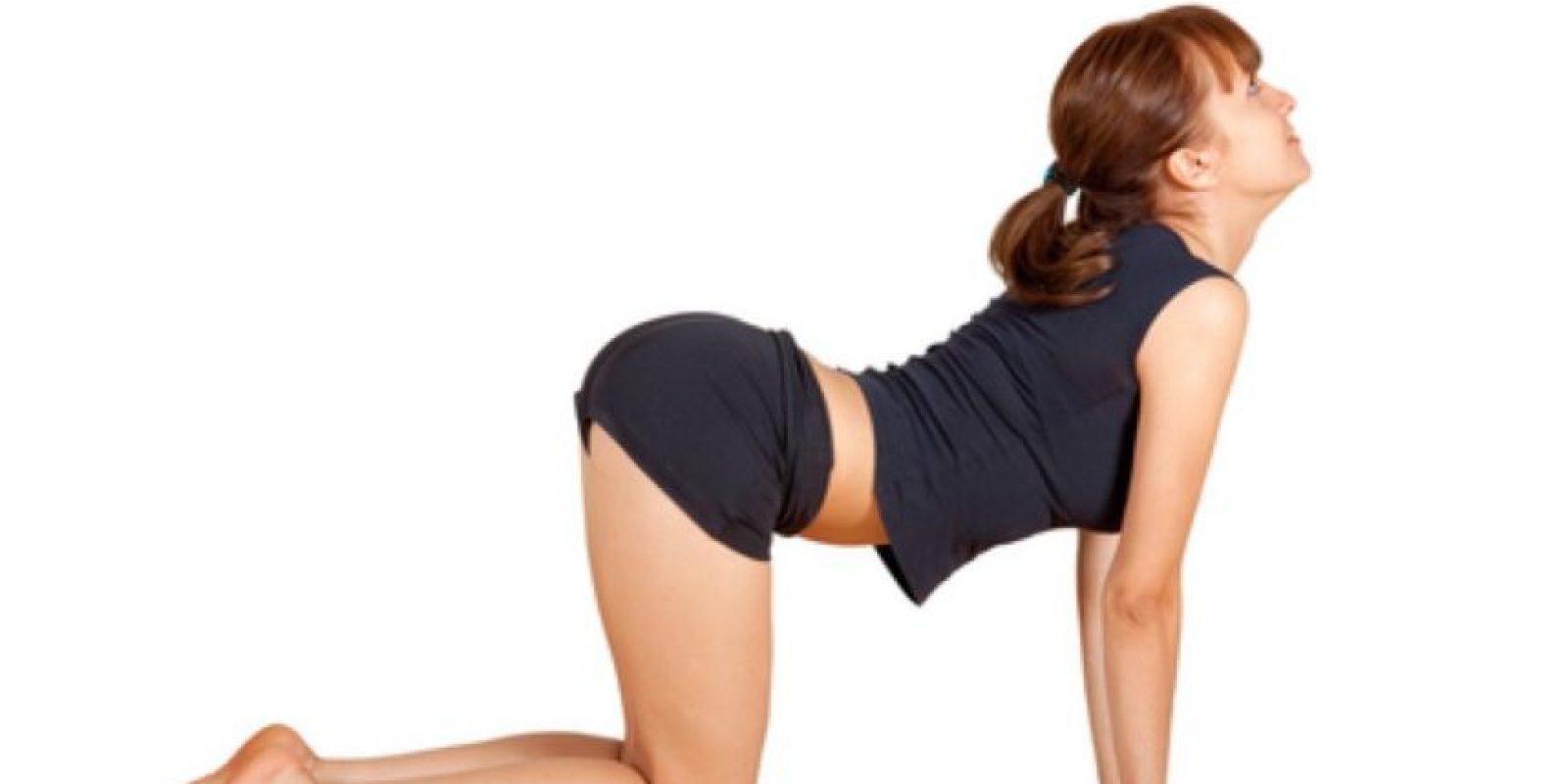 """4. """"El tirón"""": La mujer debe estar en la posición que ven en la imagen. El hombre debe darle cuatro nalgadas para luego penetrar. Foto:Babymed"""