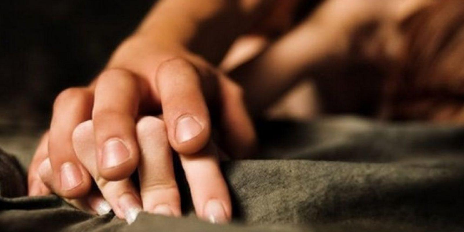 """8. """"Quickie Grey"""": Un """"rapidito"""". Las manos de la mujer deben ser sostenidas arriba de su cabeza (ella debe estar tendida en la cama) mientras él penetra de manera rápida. Foto:Getty Images"""