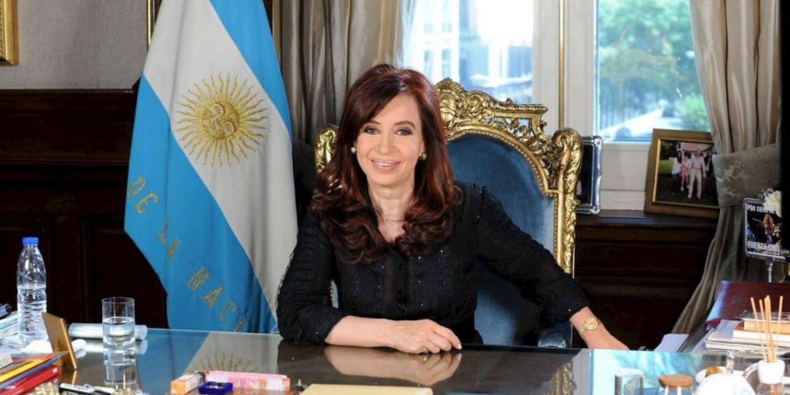 Los interrogantes que se convierten en certeza. El suicidio (que estoy convencida) no fue suicidio. Foto:Facebook: Cristina Fernández de Kirchner