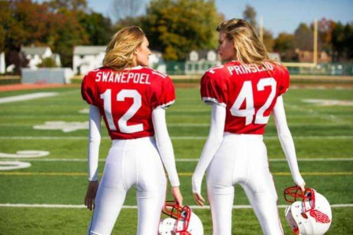 Las modelos filmaron el comercial vestidas como jugdoras de futbol americano. Foto:Publinews