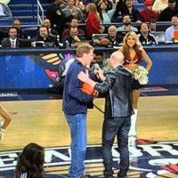 Ferrell grabó algunas escenas en el descanso del partido. Foto:instagram.com/martinpjedwards