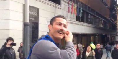VIDEO. Mira cómo Ronaldo sorprendió a un niño en Madrid