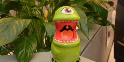 "Este adorable extraterrestre es un vibrador. Se llama ""Man Eaters"" Foto:Big Teaze Toys"