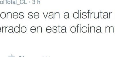 Por ahora, da de qué hablar, gracias a que no es el único periodista al que le pagan mal, según afirman muchos internautas. Foto:Twitter/FútbolTotal Chile