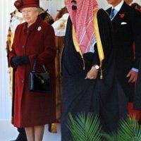 Se desempeñaba como ministro del gobierno de su medio hermano Foto:AFP