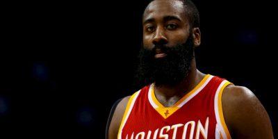 Si Kobe no se recupera de una lesión en el hombre, James Harden tomaría su lugar Foto:Getty