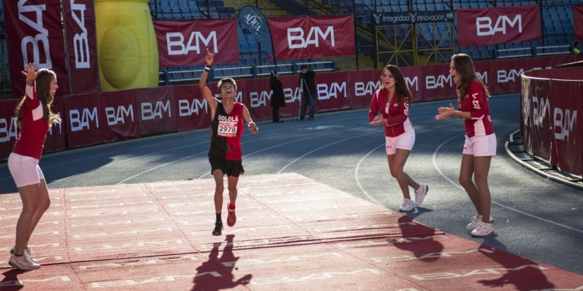 FOTOS. Julajuj y Kiptoo dominan el Medio Maratón Max Tott