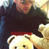 Alves incluso conversa con sus osos de peluche. Foto:instagram.com/danid2ois