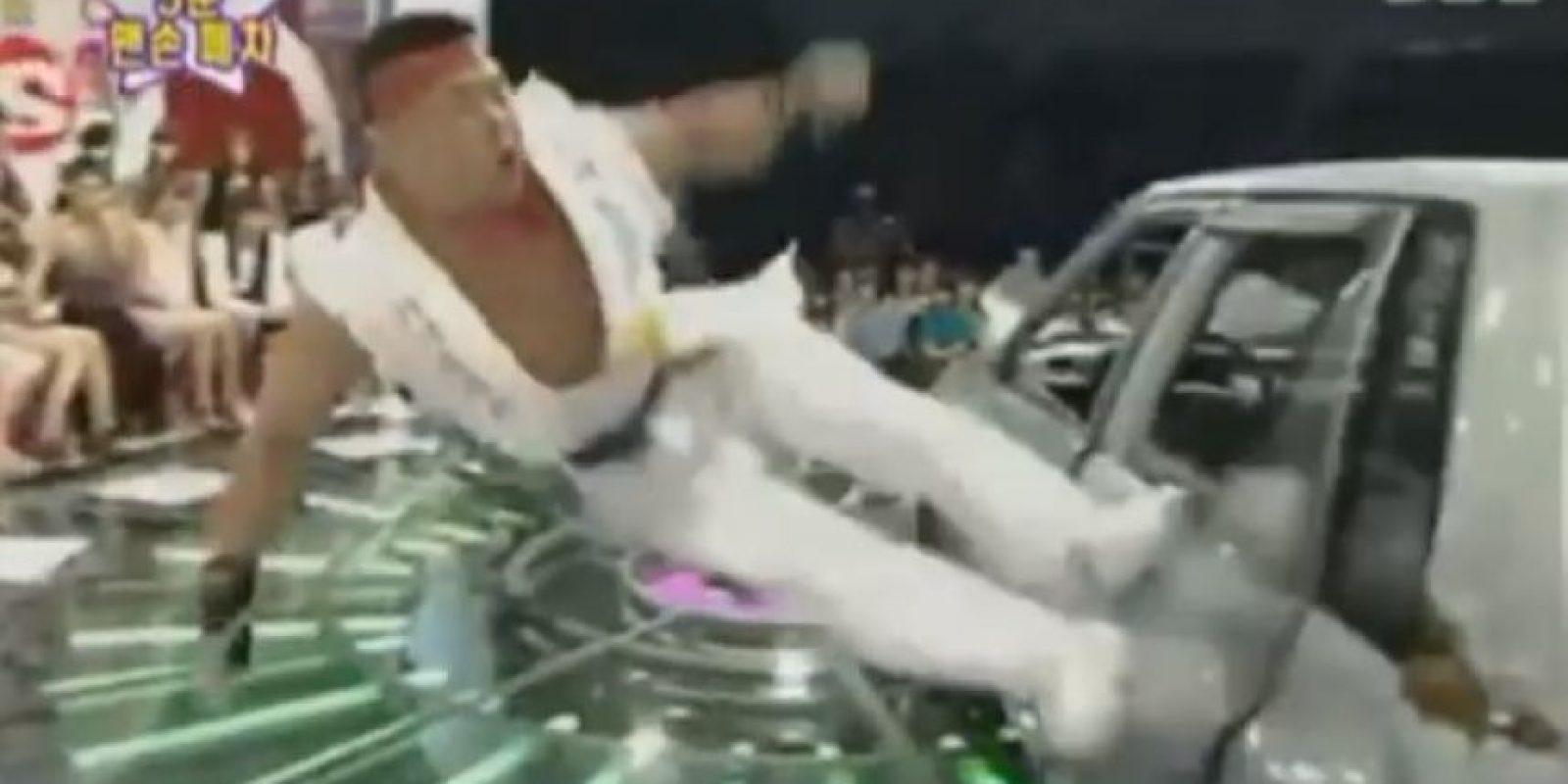 Así lo logró Foto:Vía Youtube: Versus FightingTV