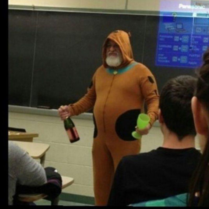 El que se viste de 'Scooby Doo' Foto:HumorTrain
