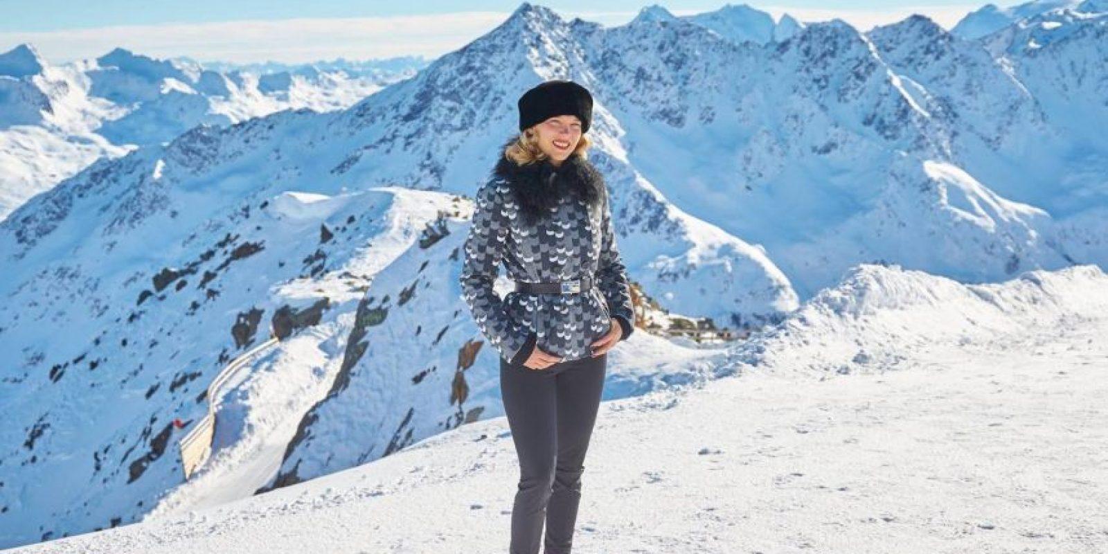 Daniel Craig (James Bond), Léa Seydoux (Madeleine Swann) y Dave Bautista (Hinx) en el Ski resort de Sölden en Austria Foto:Facebook: James Bond 007