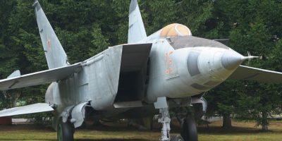 2. MiG-25 Foxbat. Velocidad máxima de Mach 2,83 (3.466,9 km/h) Foto:Wikimedia