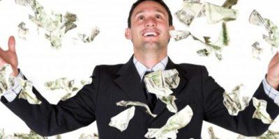 Estudio revela que el dinero nos hace menos tristes, pero no felices