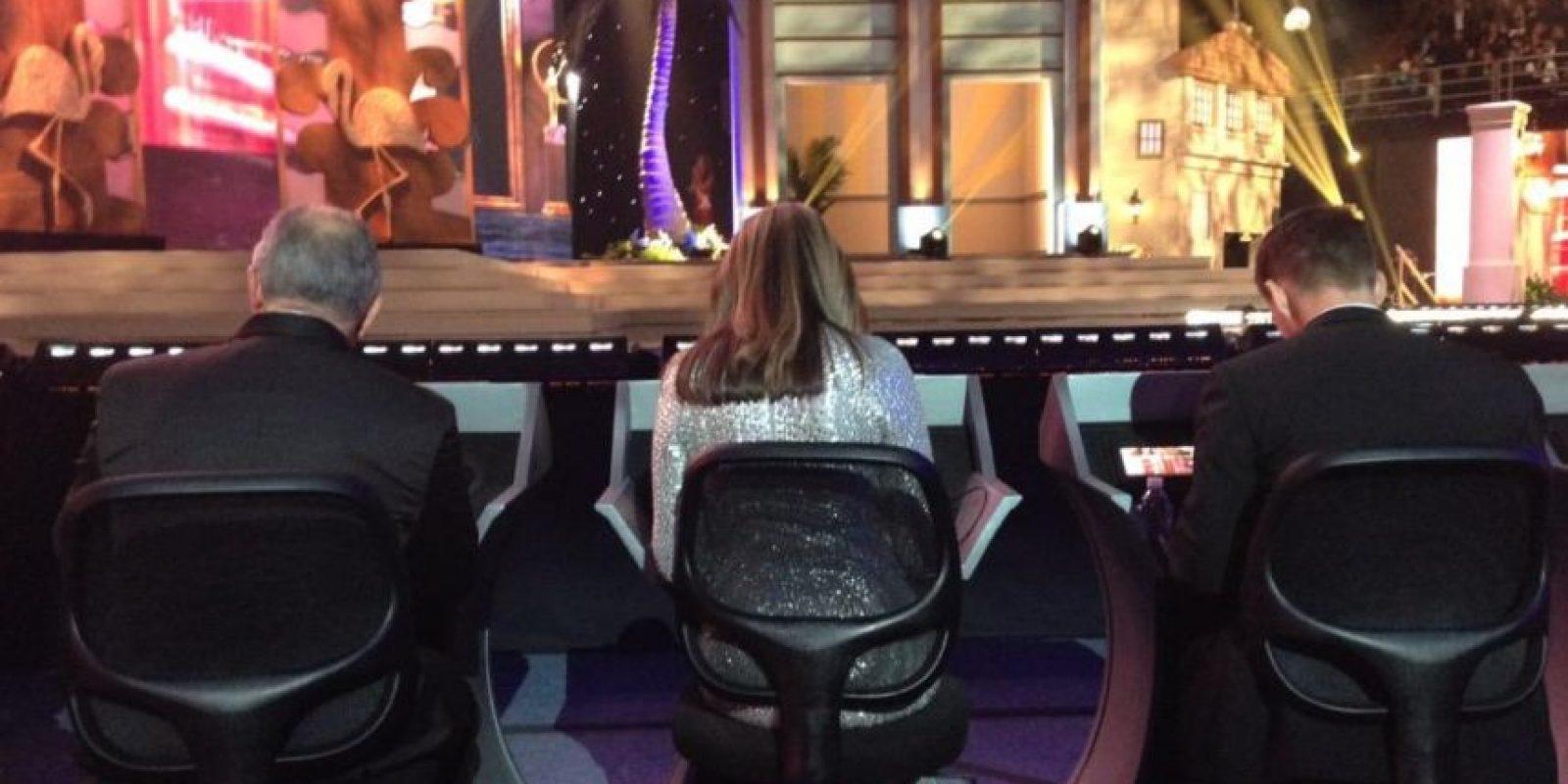 García contó que los 10 últimos jueces tienen información 24 horas antes del evento. Que no se les permite hablar sobre las 5 finalistas y que todo es por votación. Foto:Nina García/Twitter