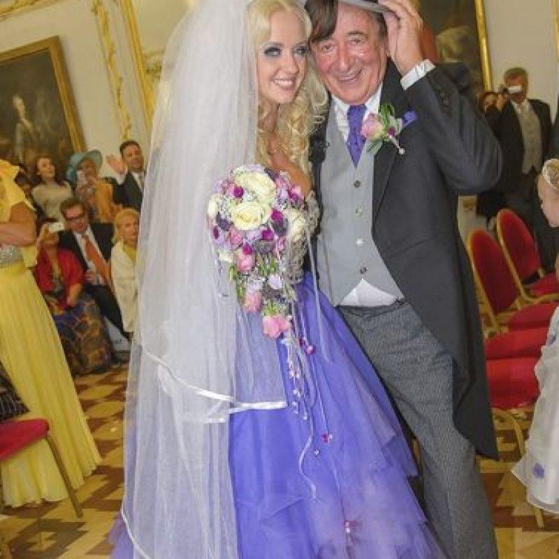 Se ha casado cuatro veces. Foto:Cathy Lugner/Facebook