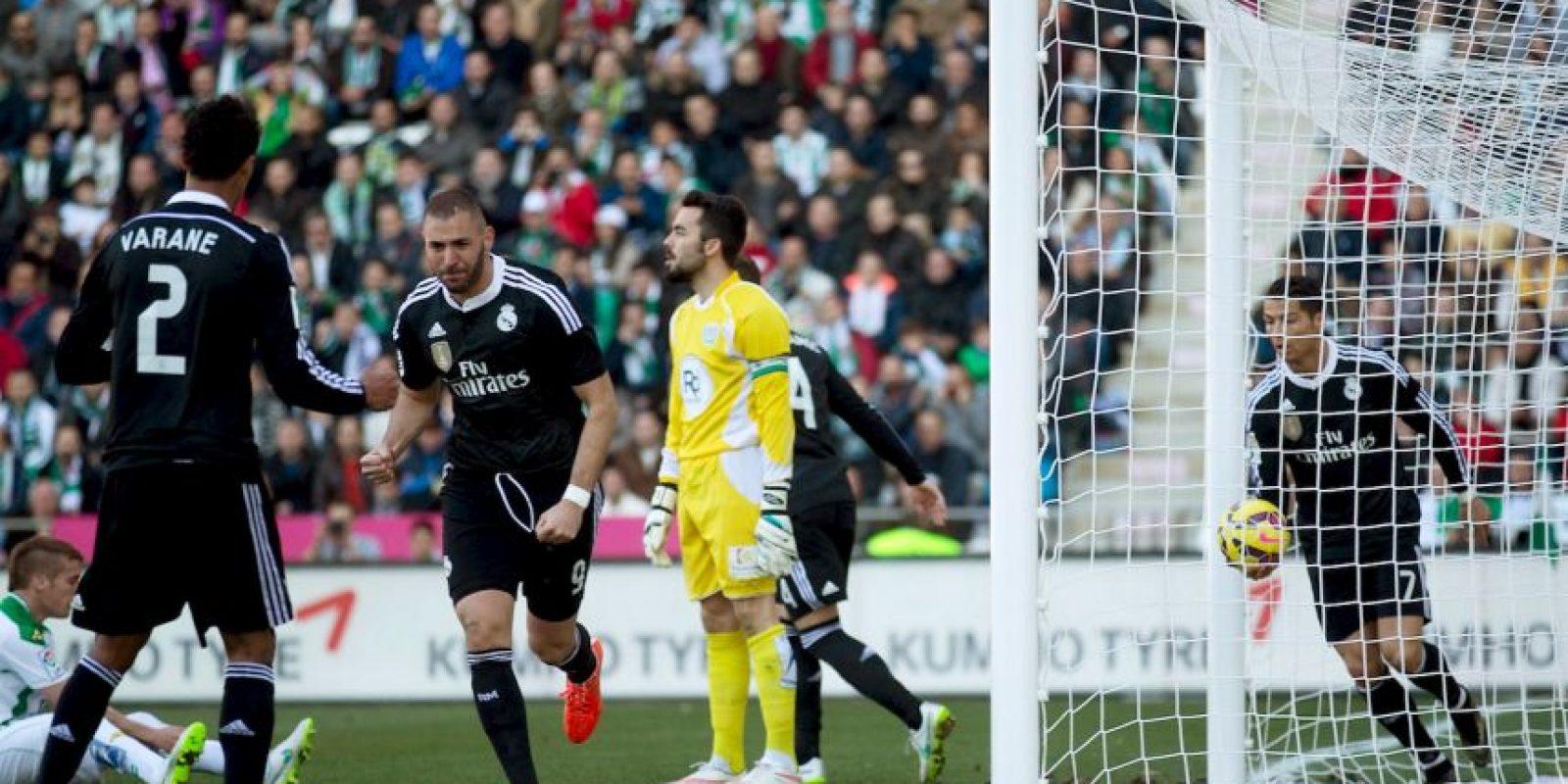 Mustafi indicó que la misma acción debe ser sancionada de la misma forma para todos los futbolistas. Foto:Getty