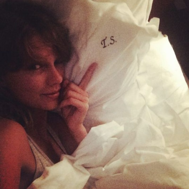 Taylor Swift entre sus sábanas Foto:Instagram/Taylor Swift