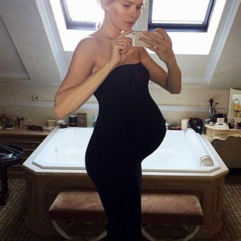 El padre de su hijo es el magnate Alexander Lebedev de 55 años de edad Foto:Vía Instagram: @lenaperminova
