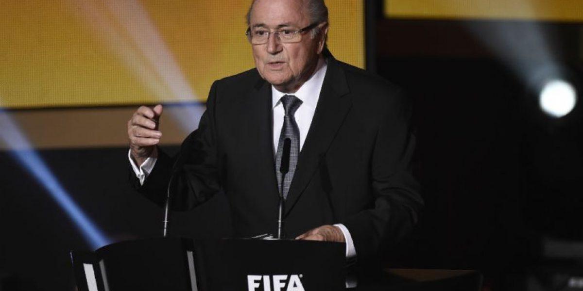 Blatter se aferra a la FIFA