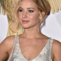 En los últimos meses, Jennifer Lawrence ha ocupado numerosos titulares por su fugaz relación con Chris Martin Foto:Getty Images