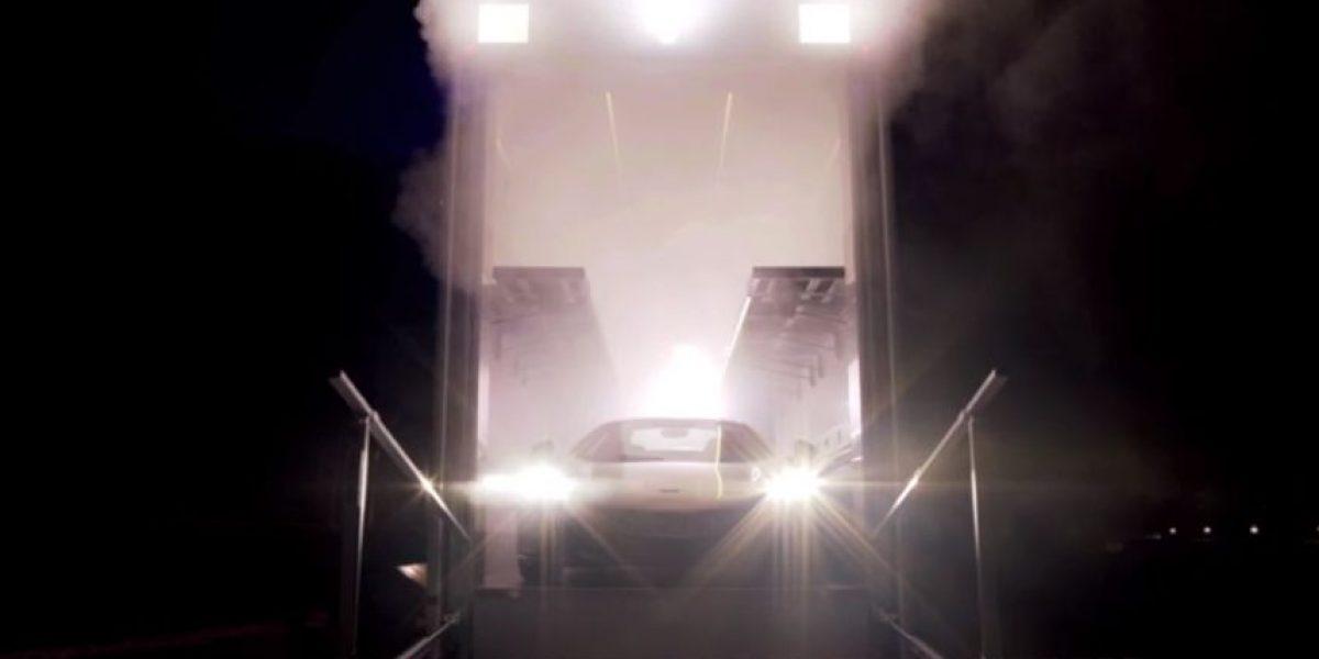 VIDEO: Fernando Alonso y Jenson Button se transforman en