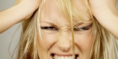 7 pensamientos negativos que las mujeres deben dejar