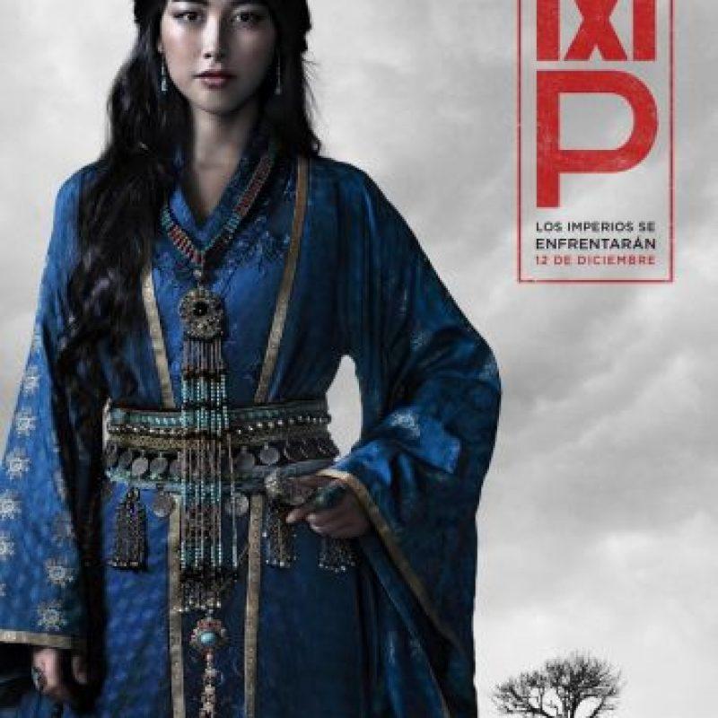 "Zhu Zhu interpreta a Kokachin, ""la princesa azul"" que se ve atrapada en una relación romántica prohibida con Marco Polo, en la serie original de Netflix Marco Polo. Foto:Netflix"