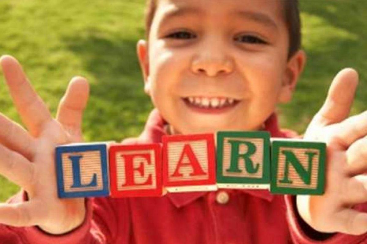 Esto nos hace mucho más vulnerables, que por ejemplo, los portugueses que tienen un sistema vocálico aún más difícil, por lo que desde allí ya tienen una ventaja clara. Foto:Tumblr.com/tagged-idioma-inglés