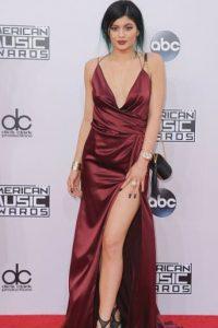 Su hermana Kylie hace lo mismo. Foto:Getty Images