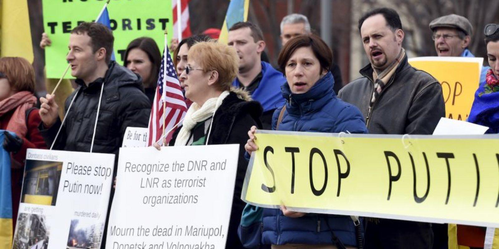 Los ciudadanos exigen el fin de la guerra. Foto:Getty Images