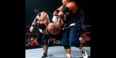 El equipo lo formaban Jamal , hermano de Rikishi y Tonga Kid, y Rosey, hijo de Sika Foto:WWE