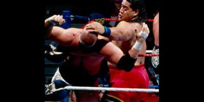 Fatu también se consolidó en las peleas individuales Foto:WWE