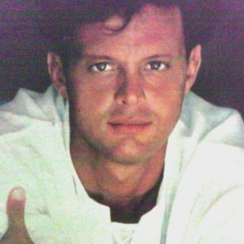 """Para 1990, su álbum """"20 años"""" vendió más de 600 mil copias en una semana Foto:Coveralia"""